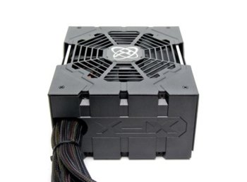 XFX Core 850W (80+ Bronze, 4xPEG, 135mm, Single Rail)
